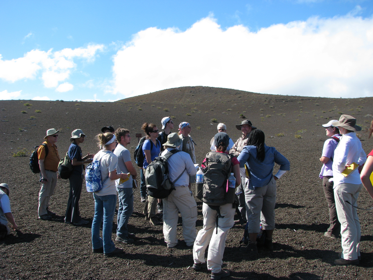 Discover Hawaii's Active Volcanoes - Hawaii Family Trip January 2021