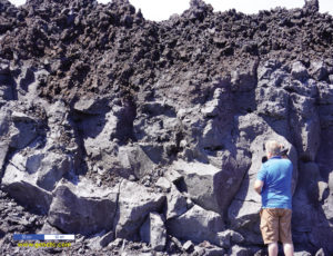 Rock card: Basalt - Hawaiian lava flow